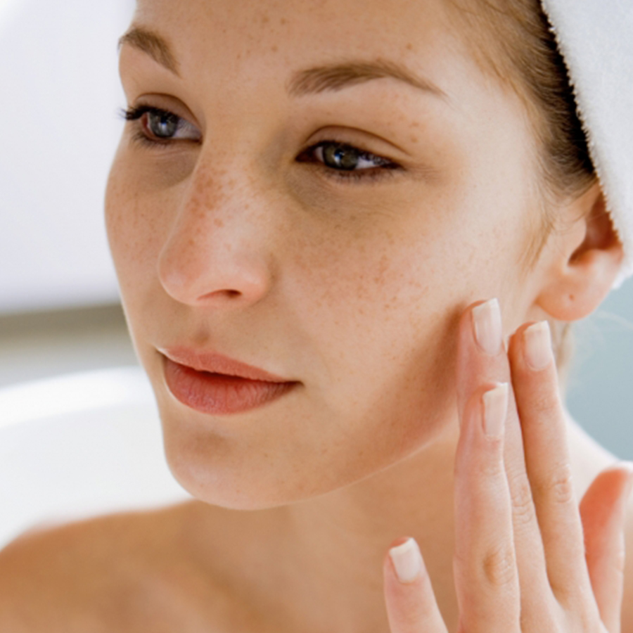 Sensitive Skin: The Do's And Don'ts Of Caring For Sensitive Skin